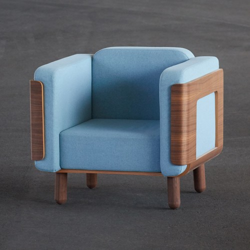 front-lounge-chair-bjoern-ischi